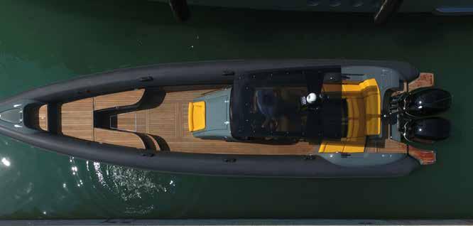 Mit dem Speedboat entlang der Küste von Kreta